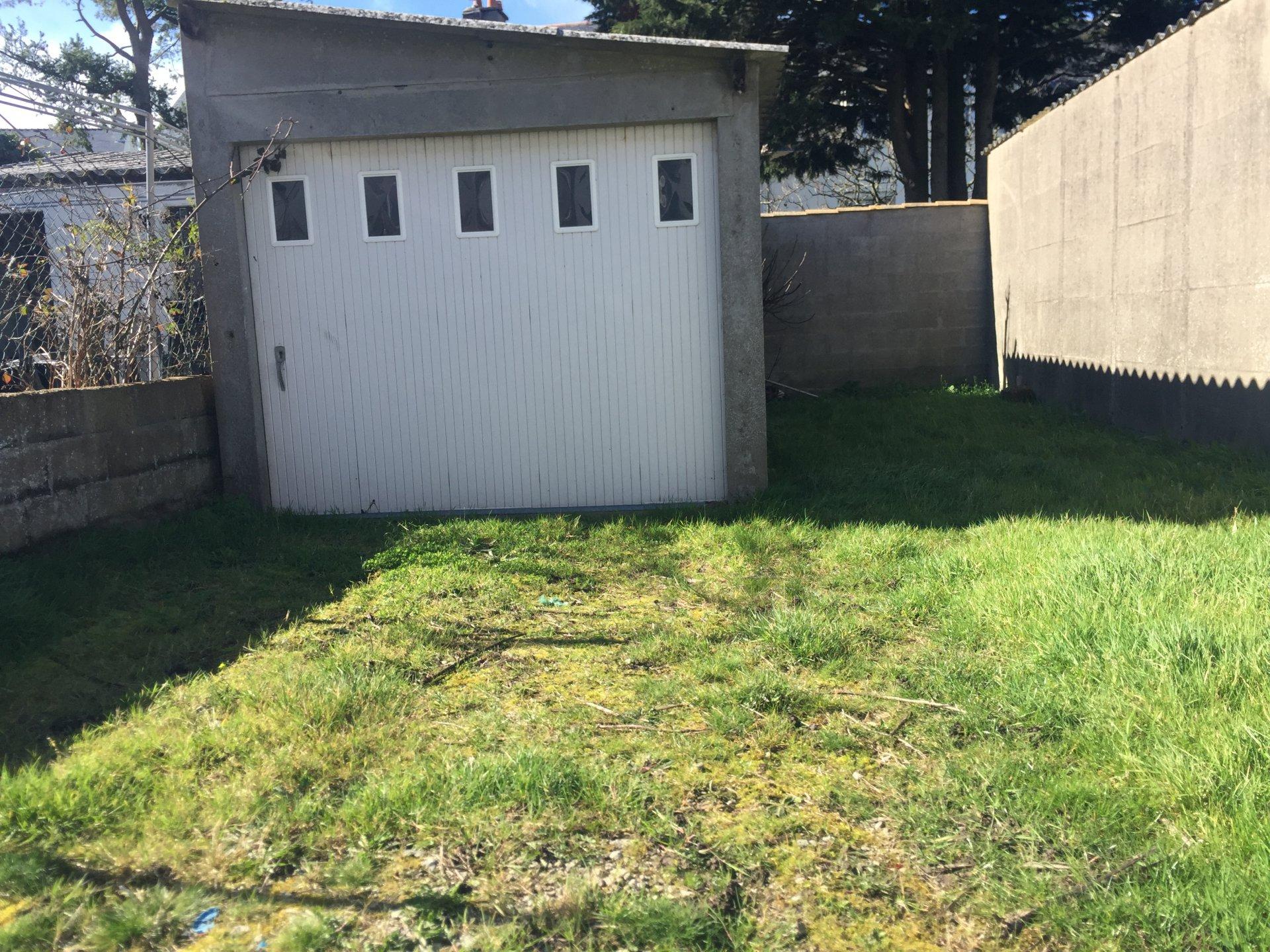 Vente garage parking 1 pi ce saint nazaire 44600 for Garage seat saint nazaire